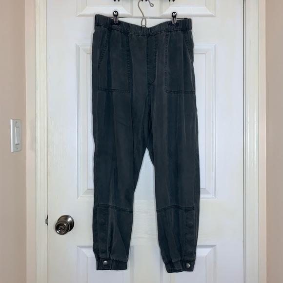 Olive / Grey Tone American Eagle Pants